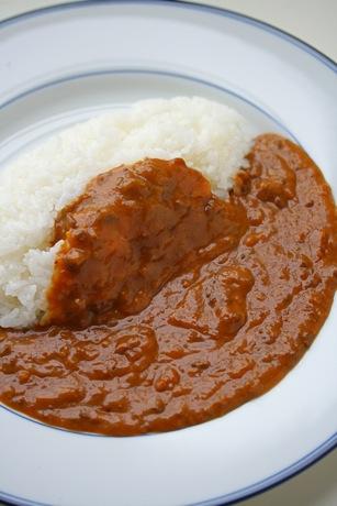 洋食「レードル」