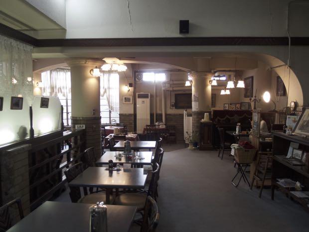 御影公会堂食堂 地下食堂 オムライス