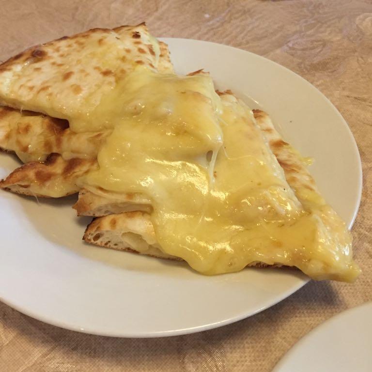 インドラマハール,チーズナン